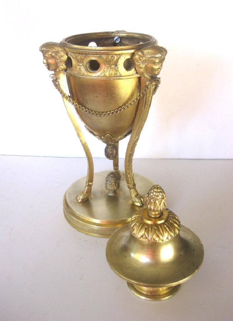 Pair of 18th Century Louis XVI Bronze Dore Cassolettes - 7