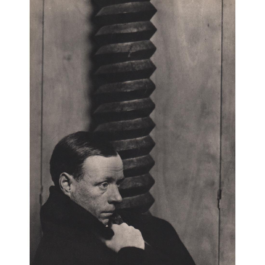 MAN RAY -  Sinclair Lewis