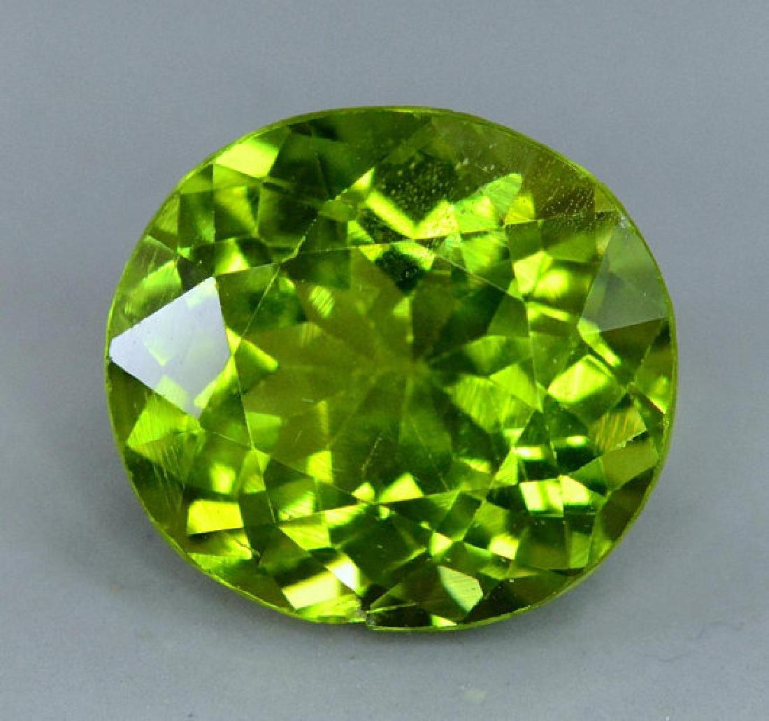 6.35 cts Top Grade Natural Olivine Green Natural - 4