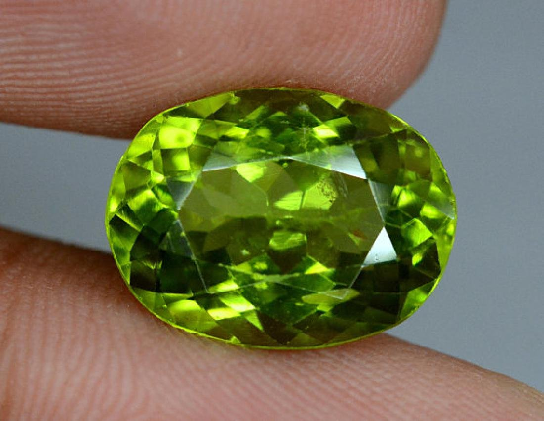 6.25 cts Top Grade Natural Olivine Green Natural