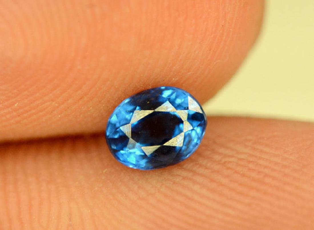 Super Quality 0.35 cts Eye Clean Rare Sapphire Blue - 4