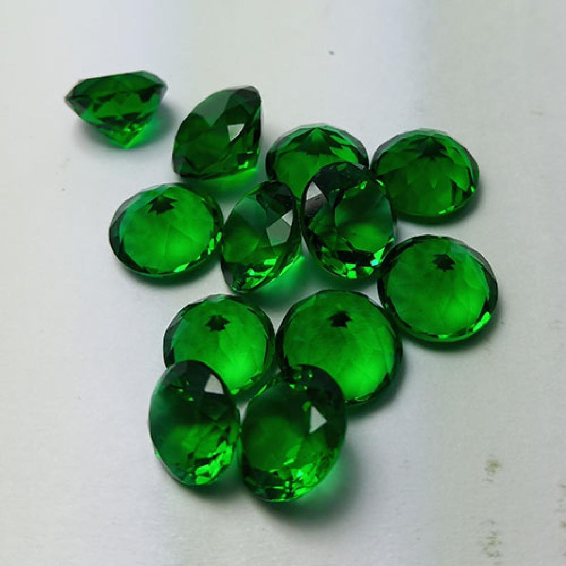 12 PCS 39.40 CTS MARVELOUS LUSTER GREEN NATURAL