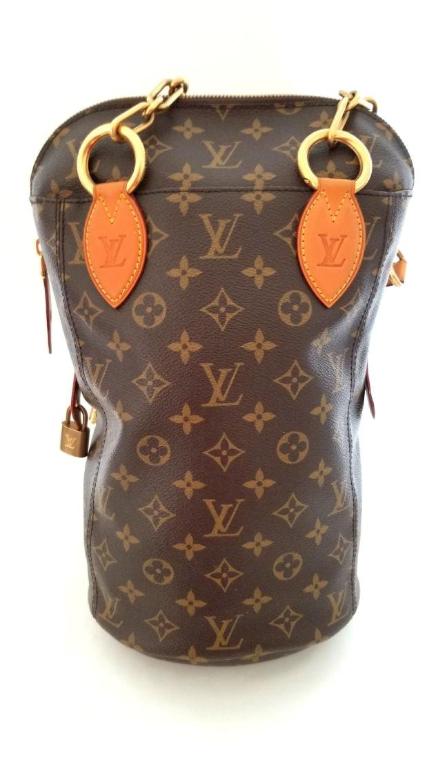 Louis Vuitton Punching Bag Speciality Edition Monogram - 3