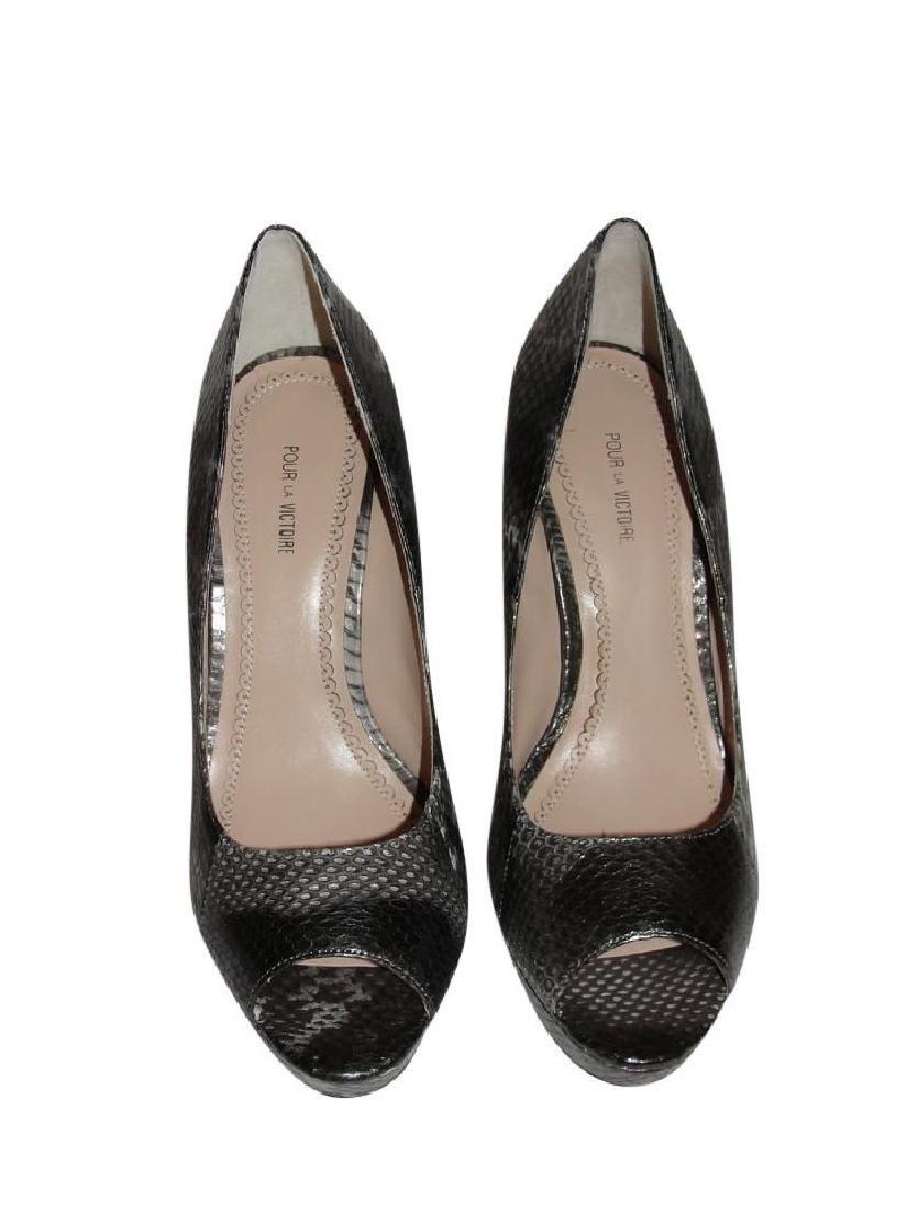 Pour La Victoire Black Snake Skin Peep Toe Pumps Size - 3
