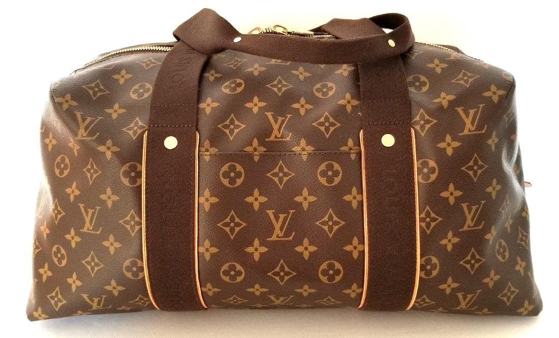 Louis Vuitton Monogram Beaubourg GM Duffle Bag. - 2