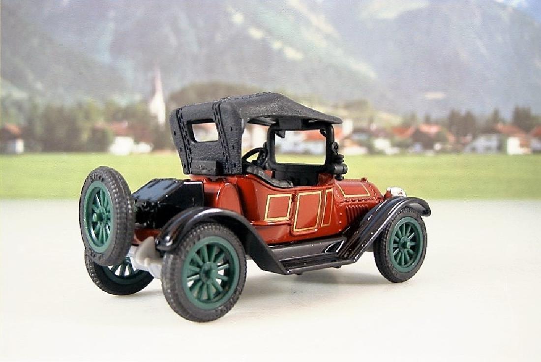 ERTL Classic Vehicles 1:43 - Two 1914 Chevy 'Royal - 5