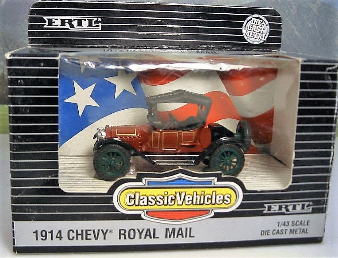 ERTL Classic Vehicles 1:43 - Two 1914 Chevy 'Royal - 7