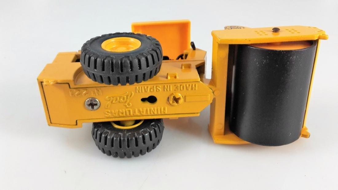 Joal 221 1:50 Caterpillar roller - 5