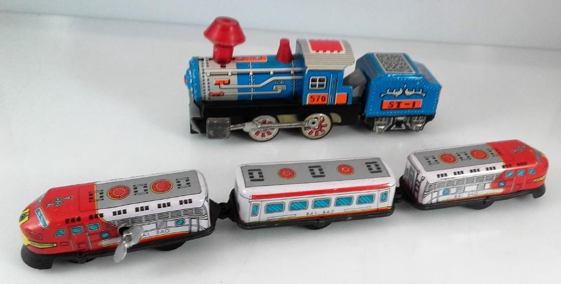 BIL-BAO wind-up train / friction steam locomotive