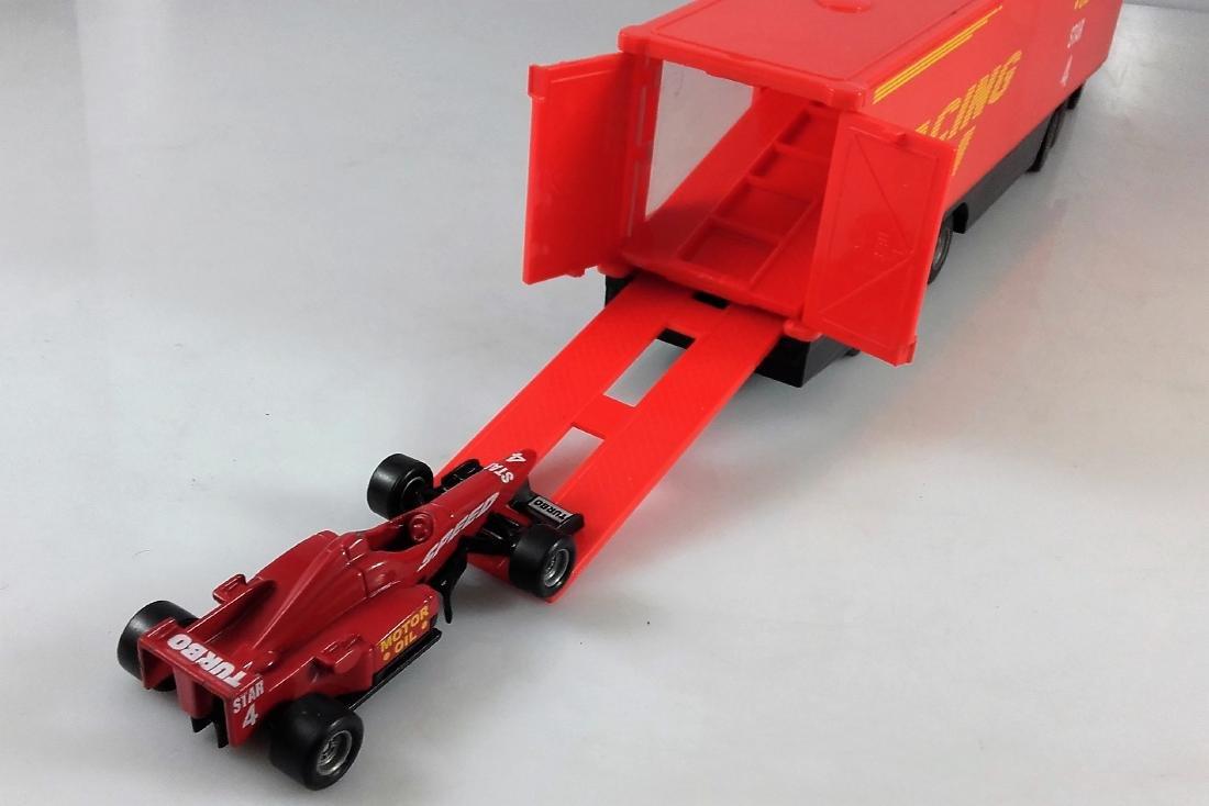 SIKU 1:87 Mercedes Actros 1857 Racing car transporter. - 9