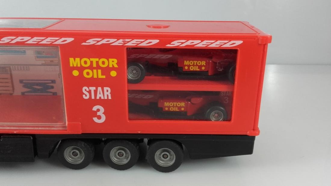 SIKU 1:87 Mercedes Actros 1857 Racing car transporter. - 6