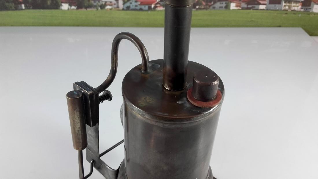 Unknown Height 20 cm - Standing steam engine. - 8