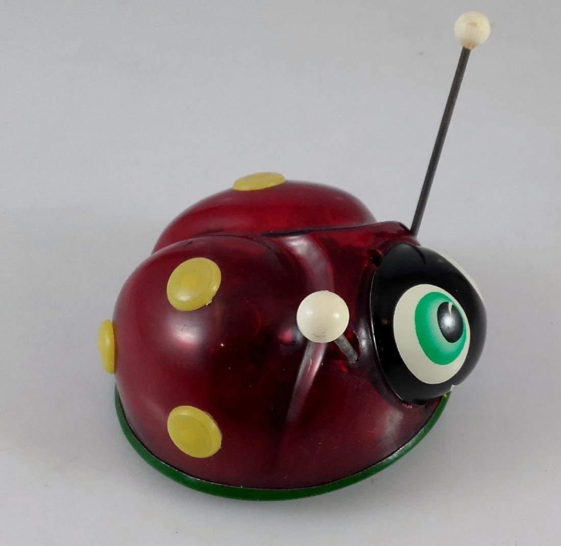 Lehmann - 921 - EVA - Ladybug with sparks. - 2