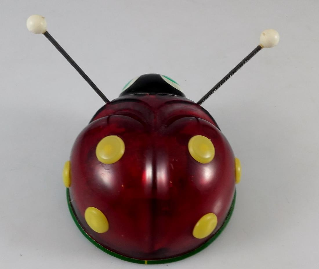 Lehmann - 921 - EVA - Ladybug with sparks. - 4
