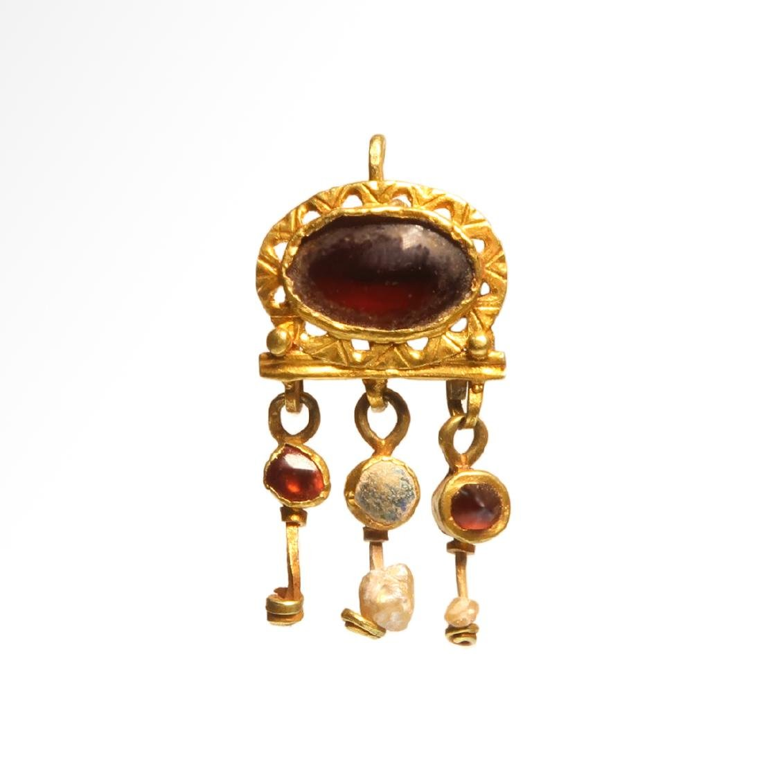 Roman Gold Pendant with Cabochon, c. 2nd - 3rd Century