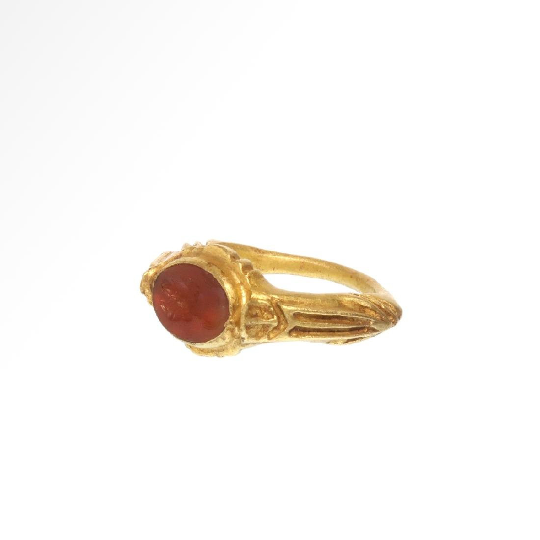 Roman Gold Ring with Cornelian Intaglio Engraved with - 4