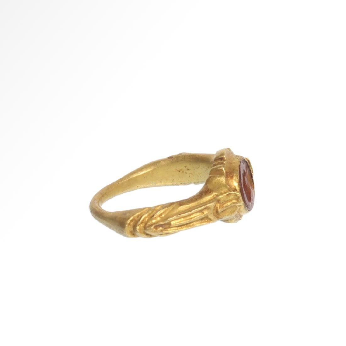Roman Gold Ring with Cornelian Intaglio Engraved with - 5