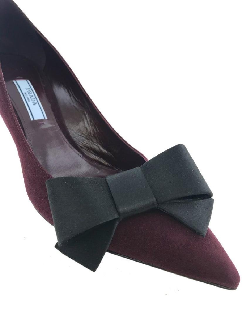Prada Suede Point-Toe Bow Pump Size 8 - 8