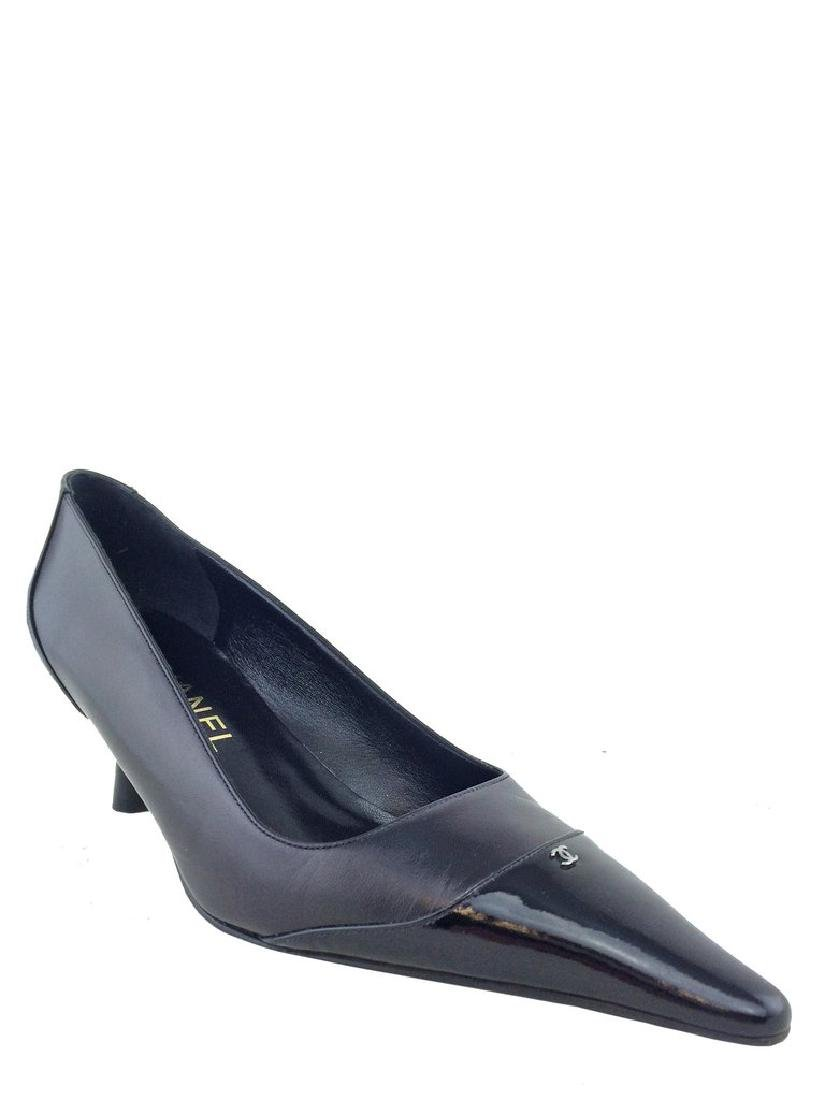 Chanel Leather Cap Toe Classic Pump Size 8