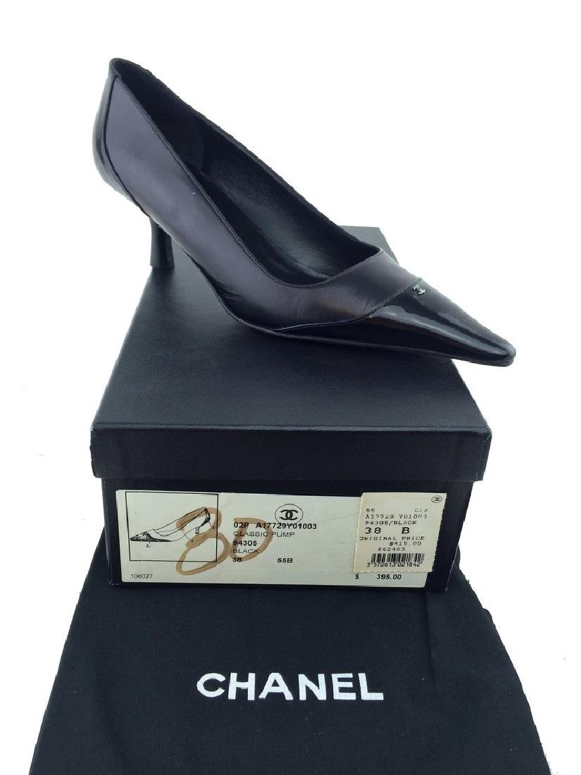Chanel Leather Cap Toe Classic Pump Size 8 - 5