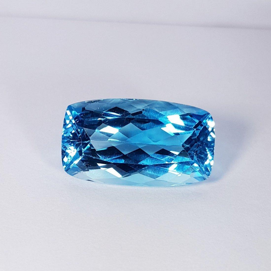 23.80 ct Natural Swiss Blue Topaz - 2