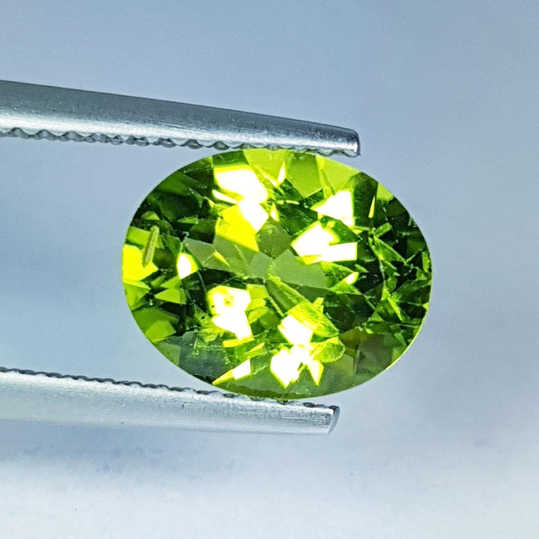 2.81 ct Top Quality Natural Peridot - 2