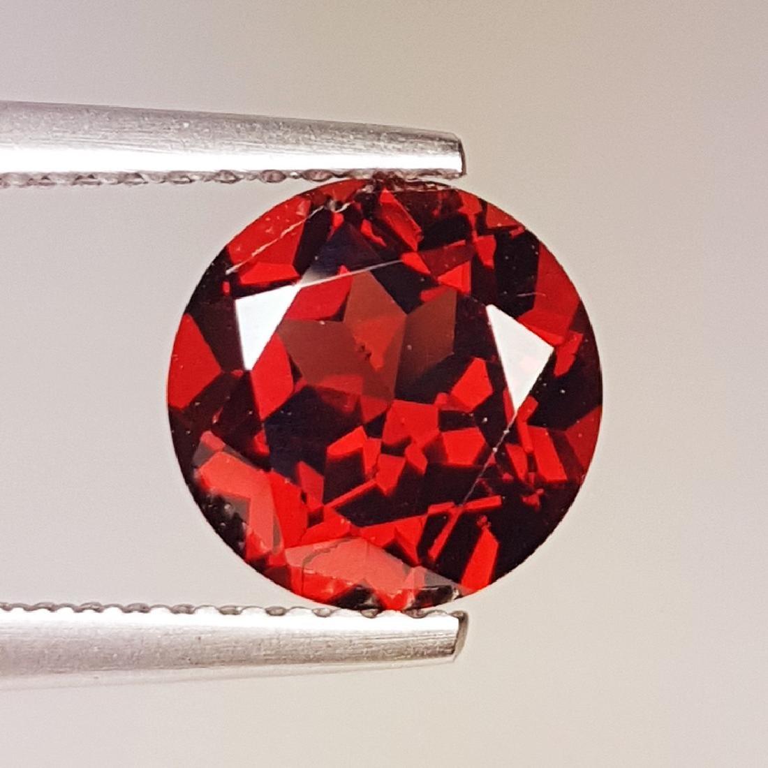 2.42 ct Fantastic Natural Pyrope - Almandite Red Garnet - 3
