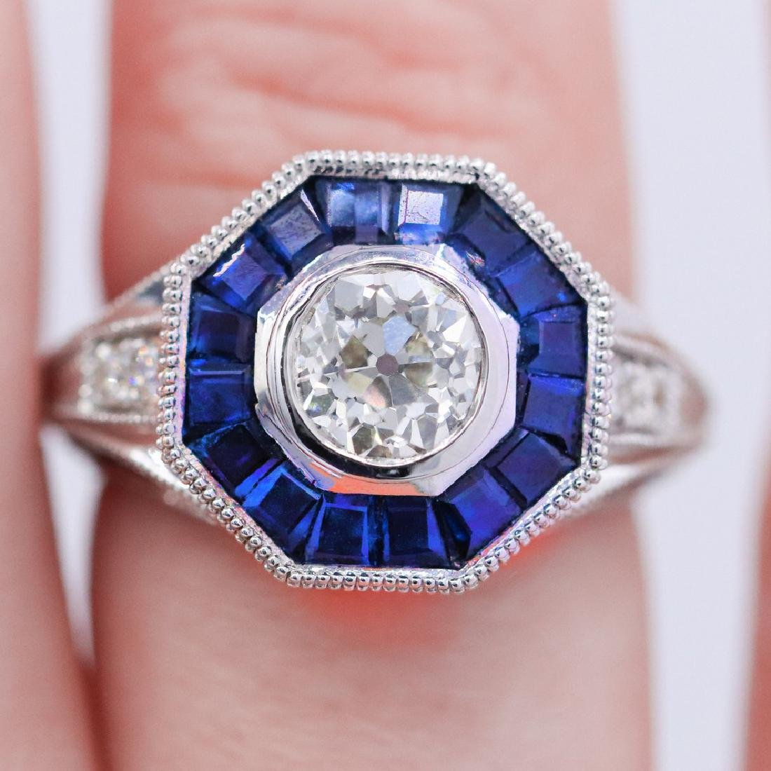 Vintage style diamond ring with 2.28ct of sapphire