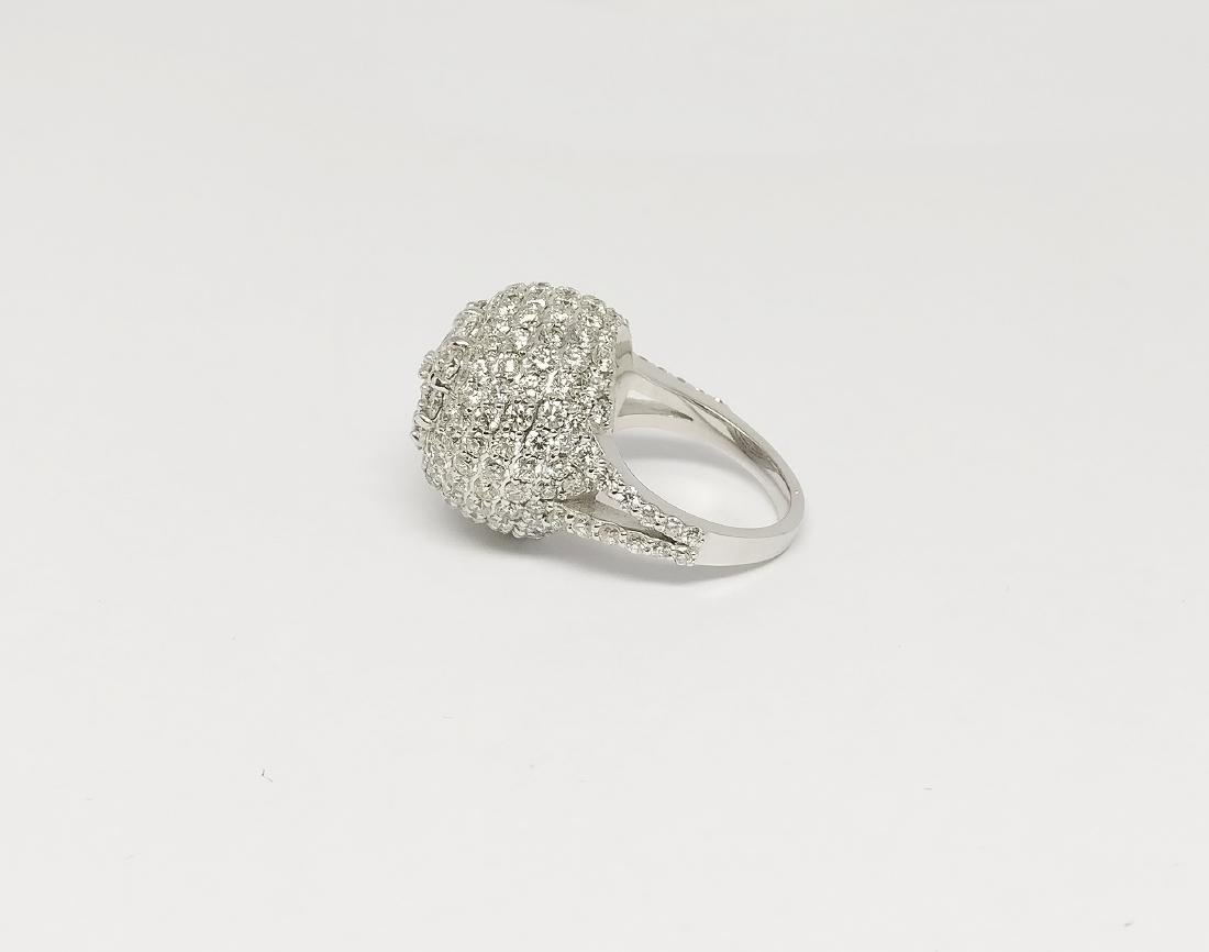 An 18K AIG Certified Diamond Ring 7.18 ct total - 5