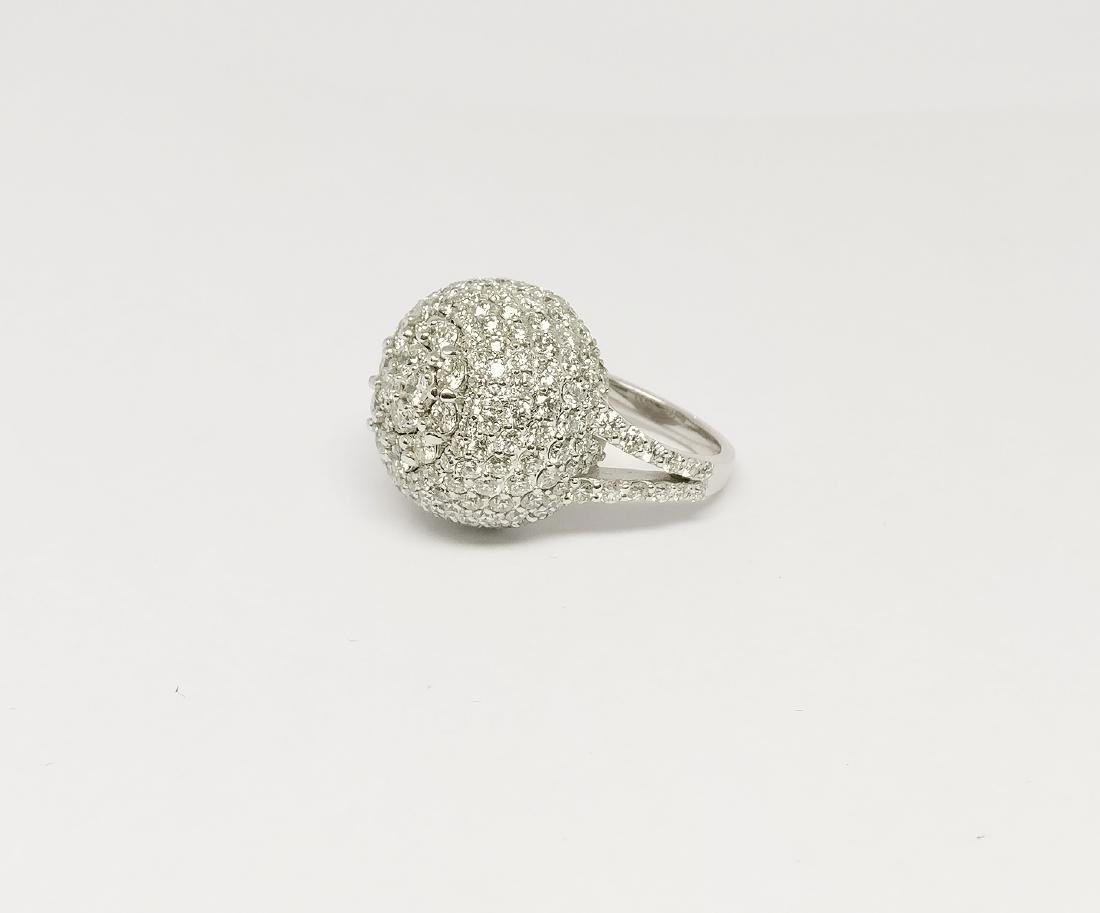 An 18K AIG Certified Diamond Ring 7.18 ct total - 6