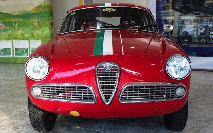 Alfa Romeo Giulia Sprint - 9