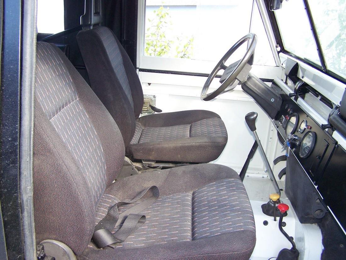 Land Rover Santana - 3