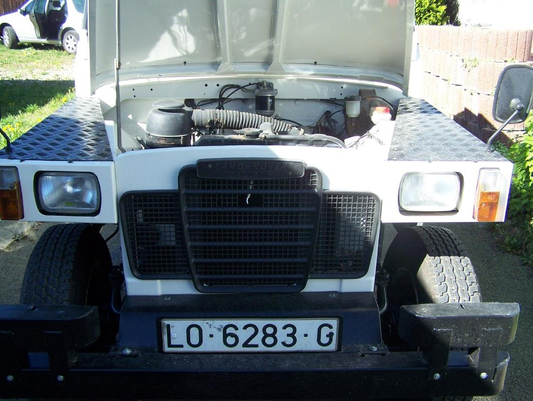 Land Rover Santana - 9