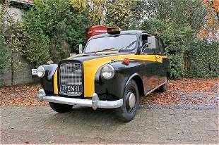 London Taxi 1975