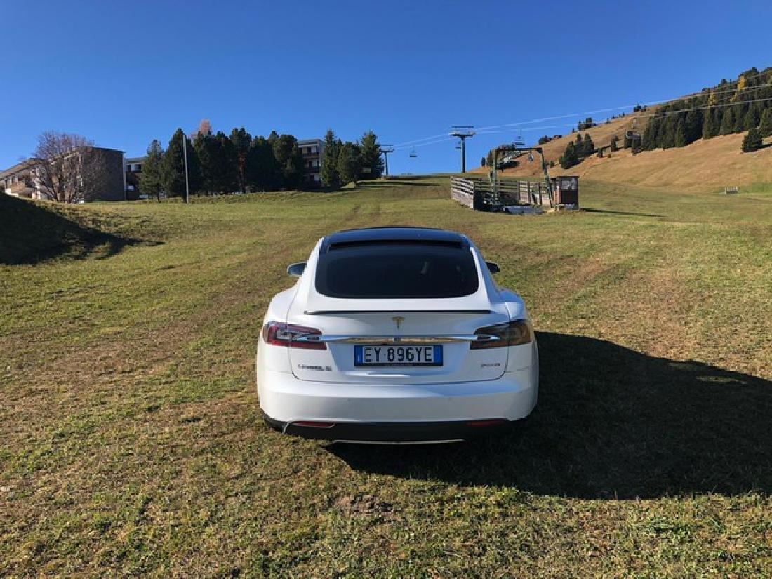 Tesla from Andrea Bocelli - 5