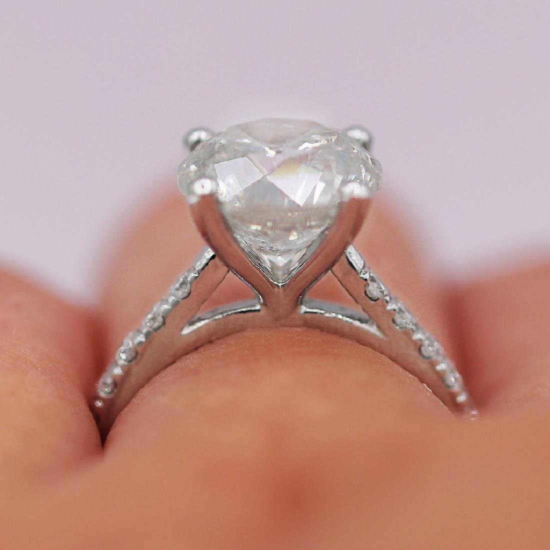 Certified 4.51 Carats Engagement Ring - 2