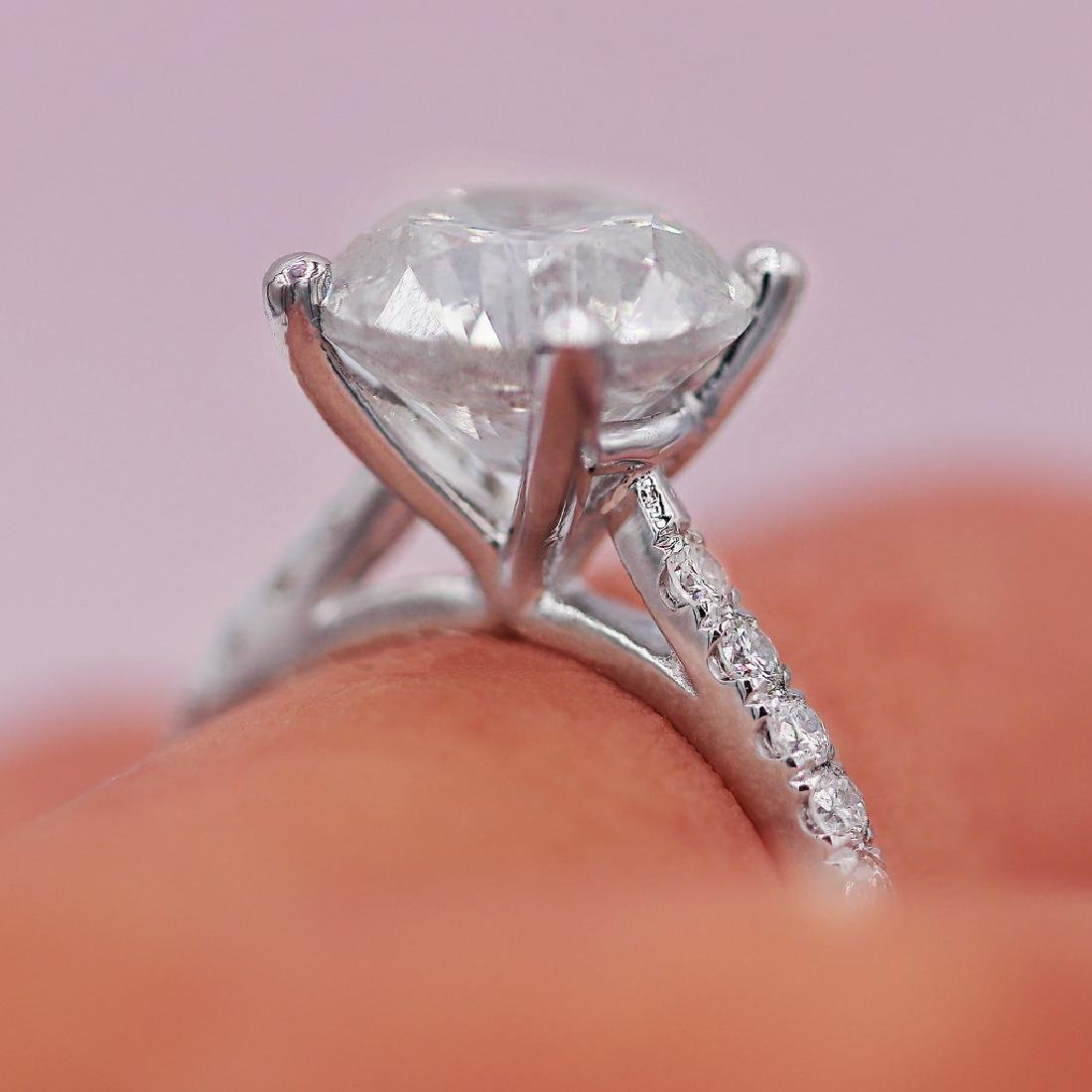 Certified 4.51 Carats Engagement Ring - 4