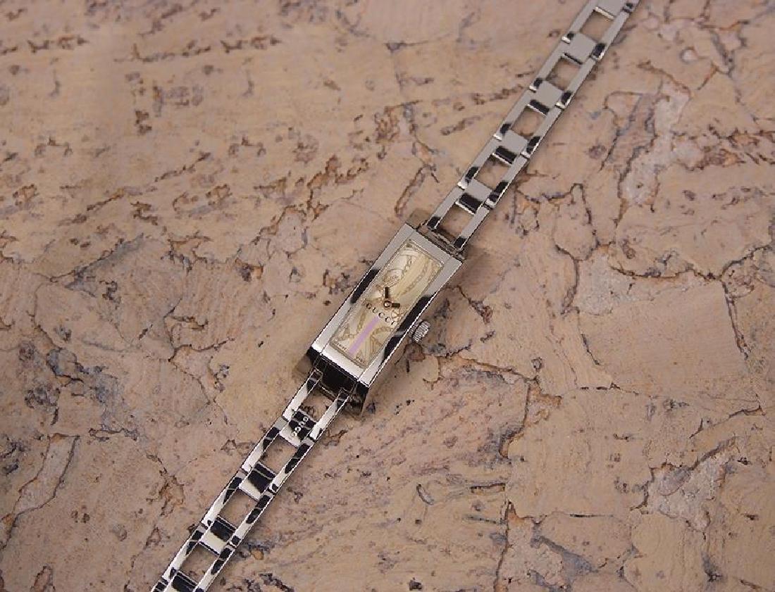 Gucci 110 Swiss Made Ladies Stainless Steel Quartz - 5
