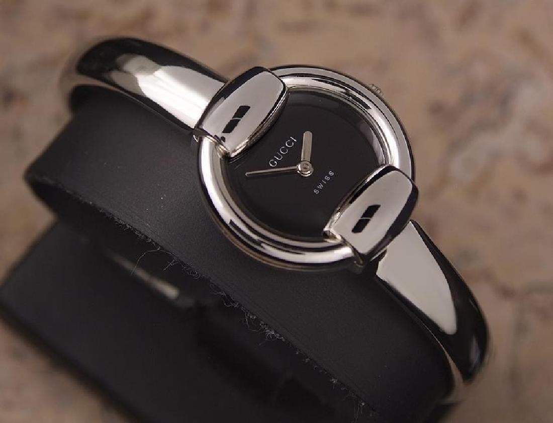 Gucci 1400L Swiss Made Ladies Luxury Quartz 2000s - 3