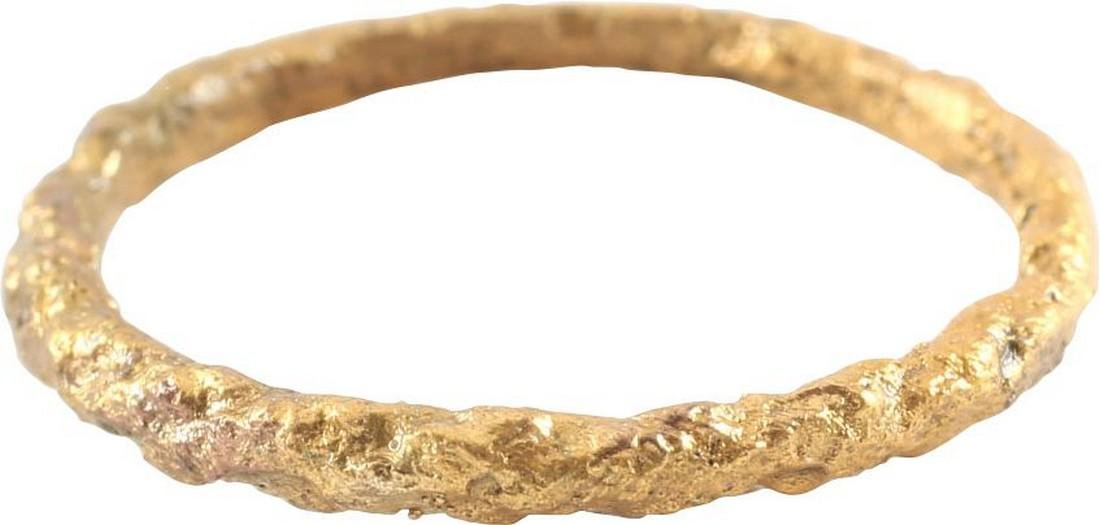 VIKING TWISTED FORM RING C.866-1067 AD, Sz 9 1/4