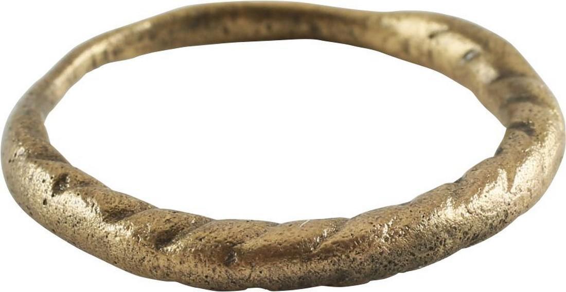 VIKING WARRIOR'S GILT RING, 10th-11th CENTURY AD, Sz 9