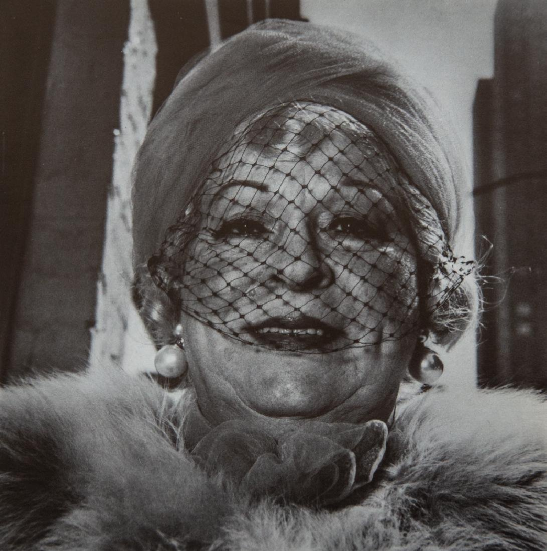 DIANE ARBUS - Woman With A Veil on Fifth Avenue, 1968