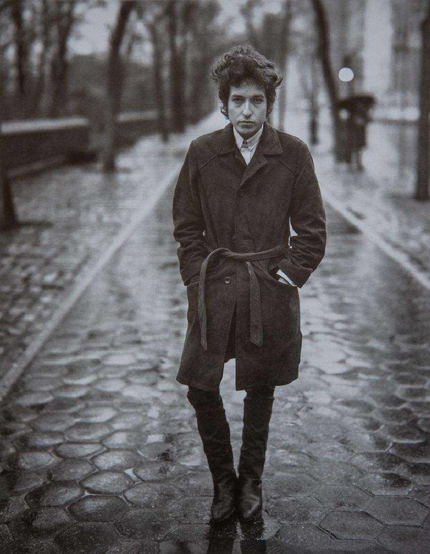 RICHARD AVEDON - Bob Dylan, 1965