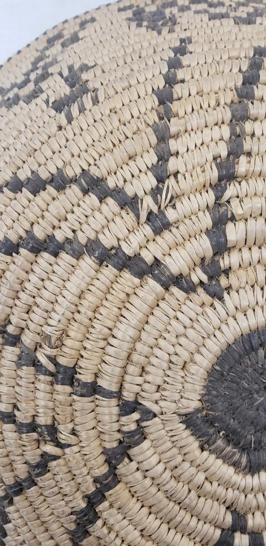 Fine Apache figural basket ca 1915-1930 - 4