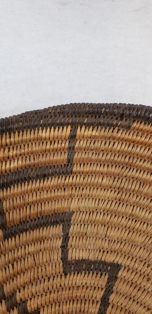 Fine Apache geometric basket ca 1900-1920 - 4