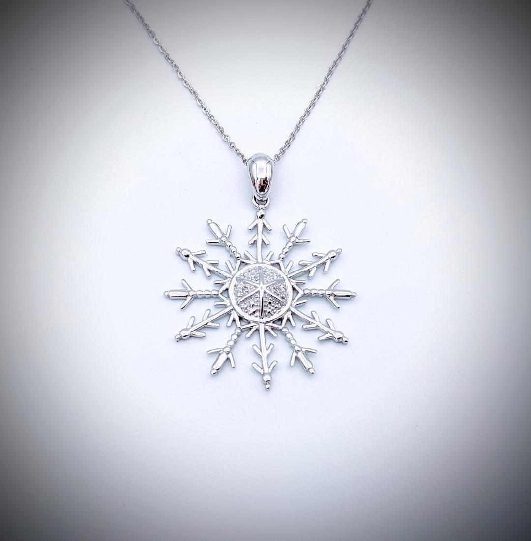 925 SS Necklace w Diamond Snowflake Pendant