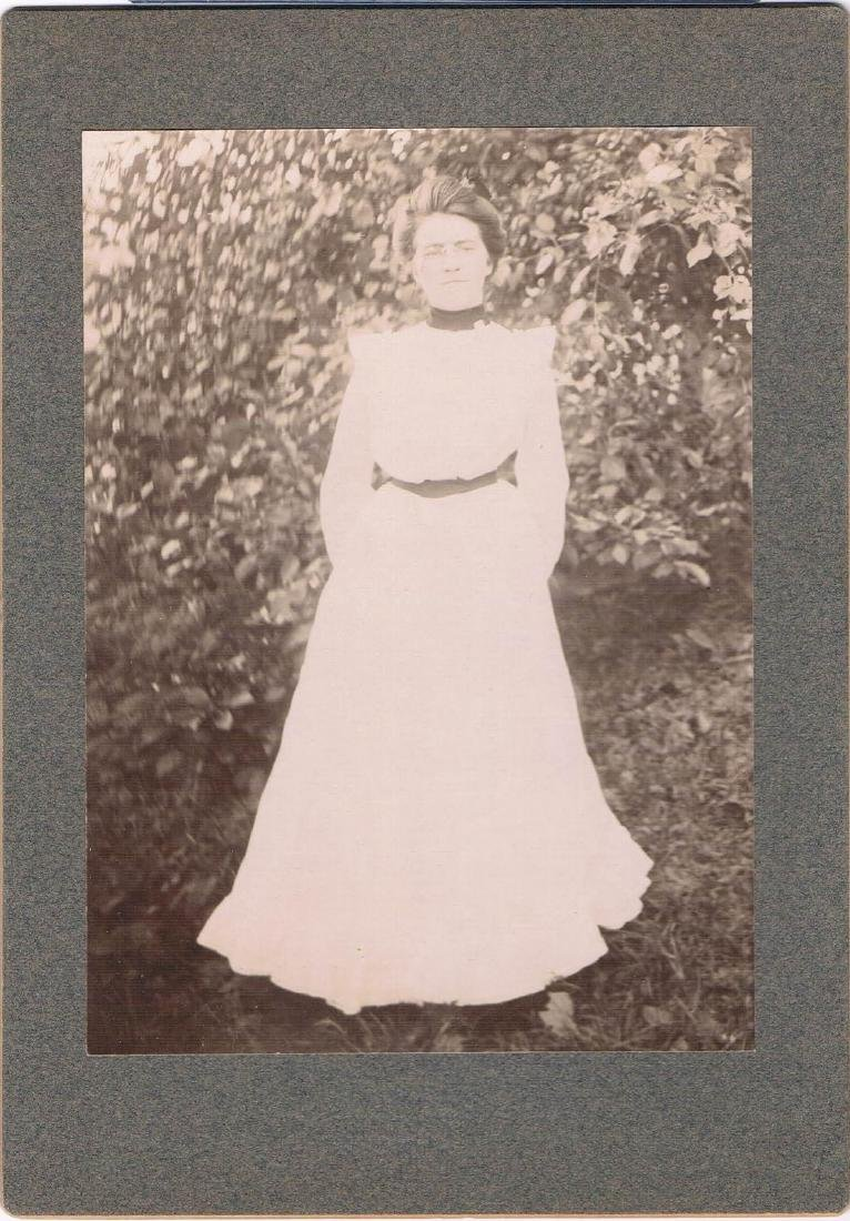 1902, RADIANT VERMONT WOMAN IN WHITE