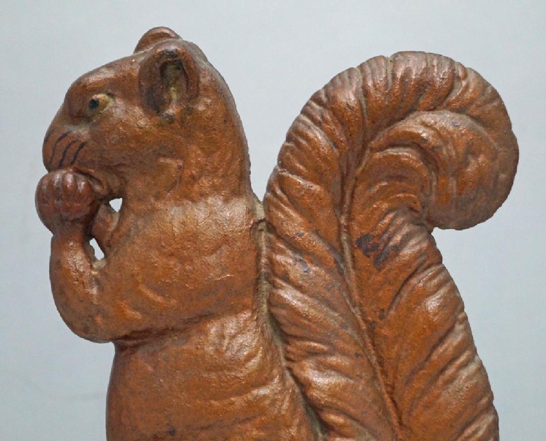 Squirrel w/ Nut Cast Iron Doorstop - 5