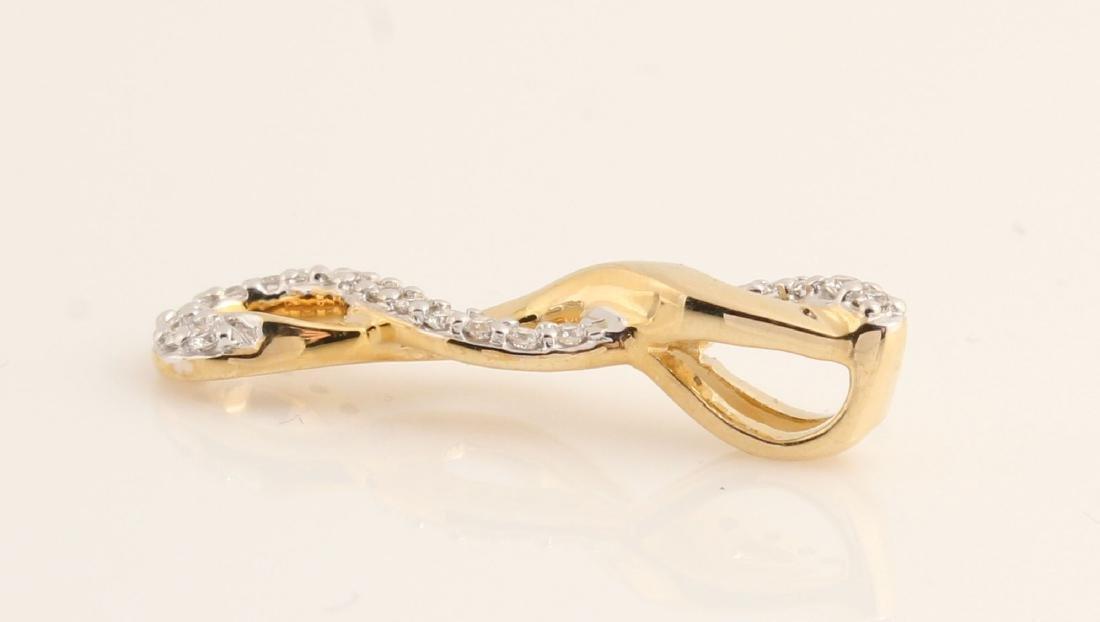 14kt yellow gold diamond pendant 0.15ct - 3