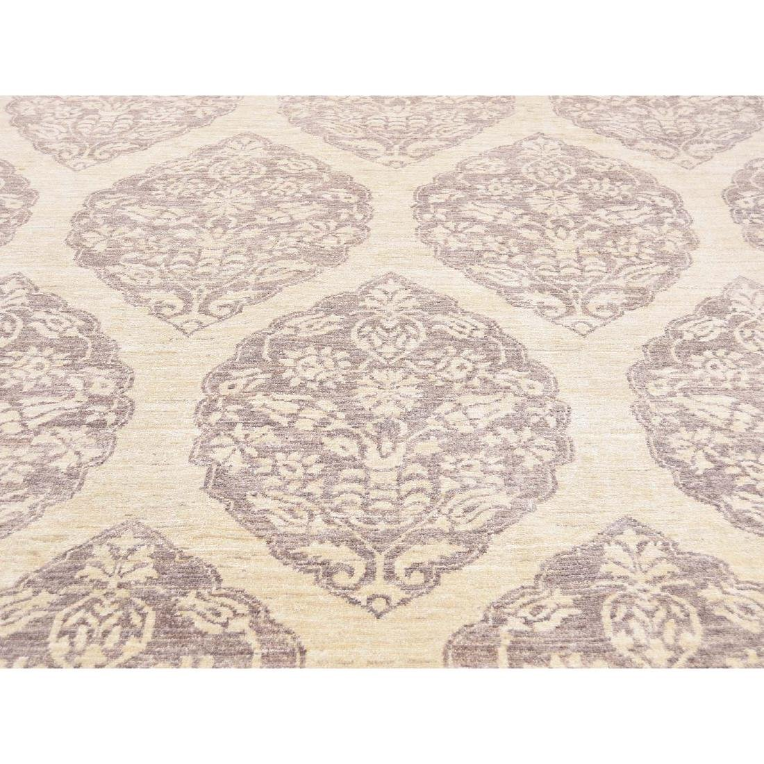 Pure Wool Peshawar with Mughal Design Hand Knotted Rug - 9